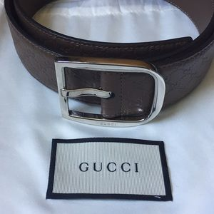 Gucci brown belt with silver buckle